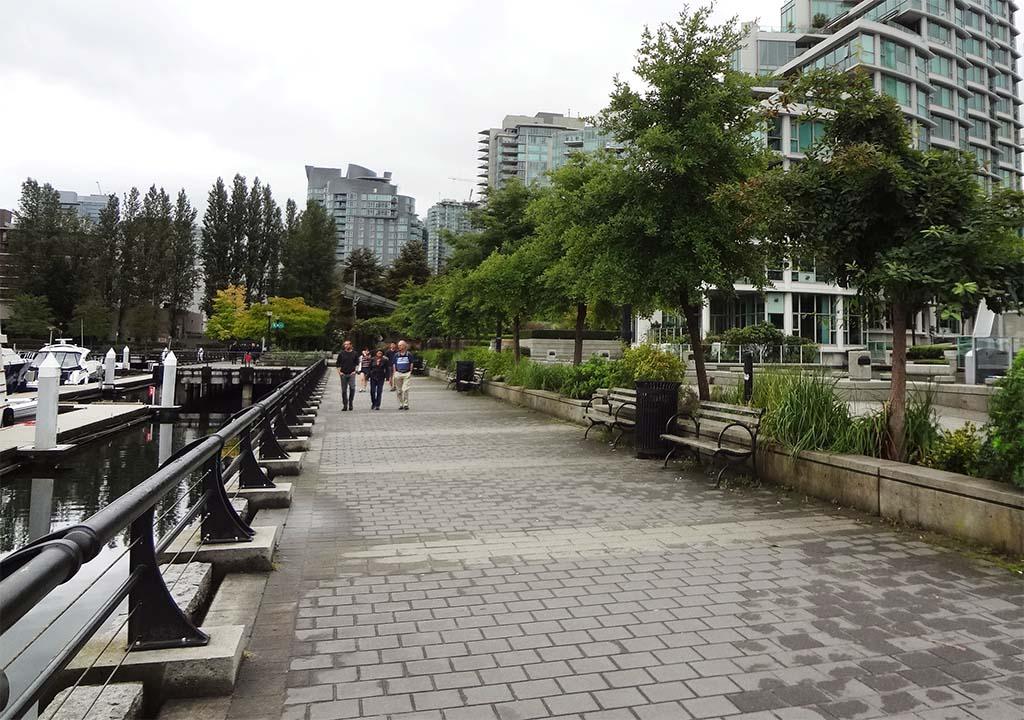 Coal Harbour Pedestrian Walkway