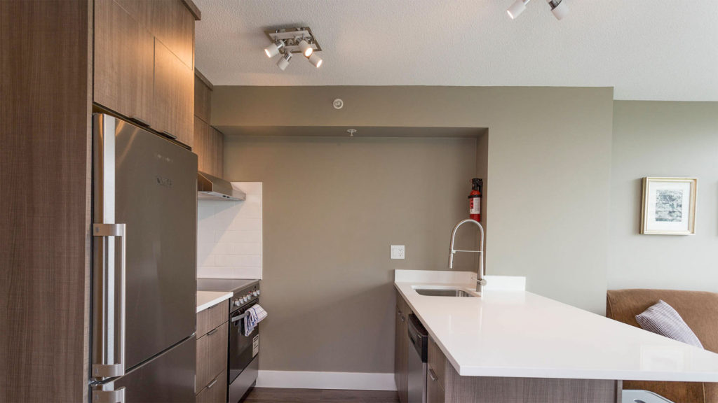 Lord Stanley Premium Plus Suites - Kitchen
